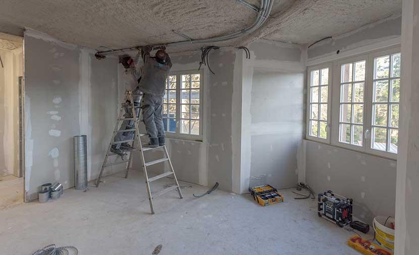 renovation maison soi meme prix