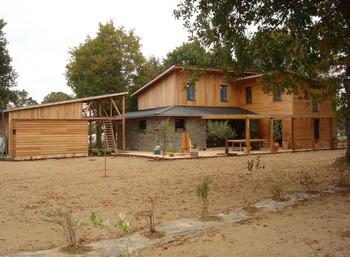 constructeur maison bois bretagne