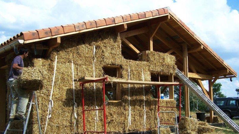 constructeur maison en paille