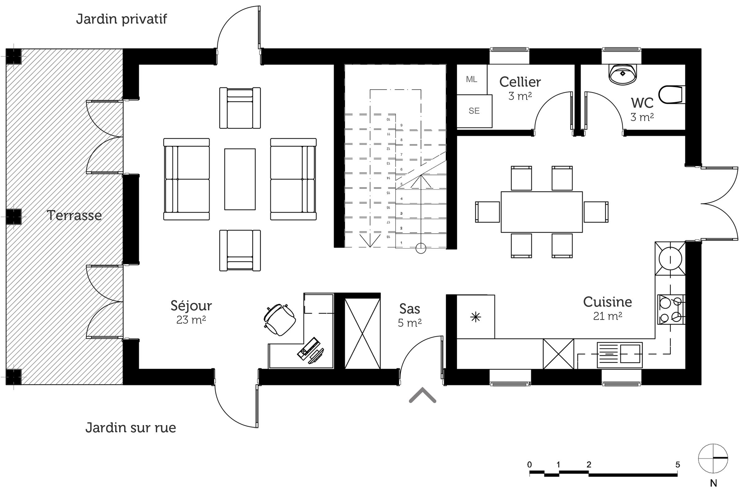 maison etage avec plan. Black Bedroom Furniture Sets. Home Design Ideas