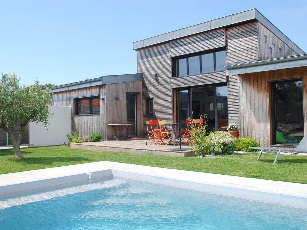Maison moderne a ossature bois for Maison contemporaine bois