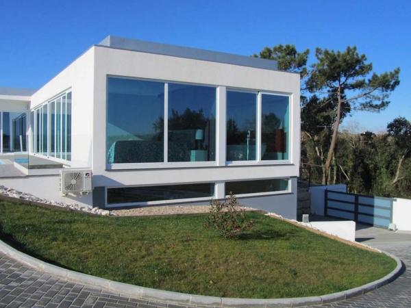 Emejing Villa Moderne A Vendre Portugal Photos - House ...