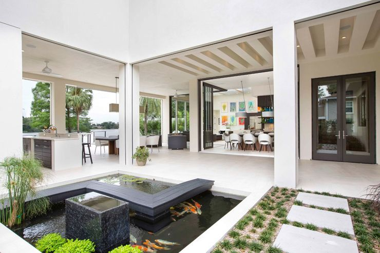 maison moderne avec patio
