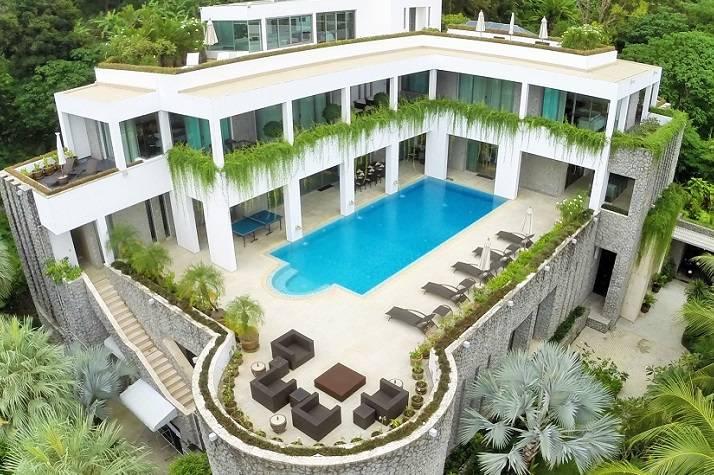 Maison moderne avec piscine a vendre for Plan de maison de luxe avec piscine