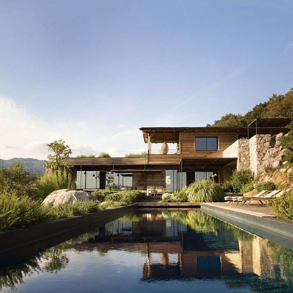 Maison moderne bois et pierre for Maison contemporaine bois