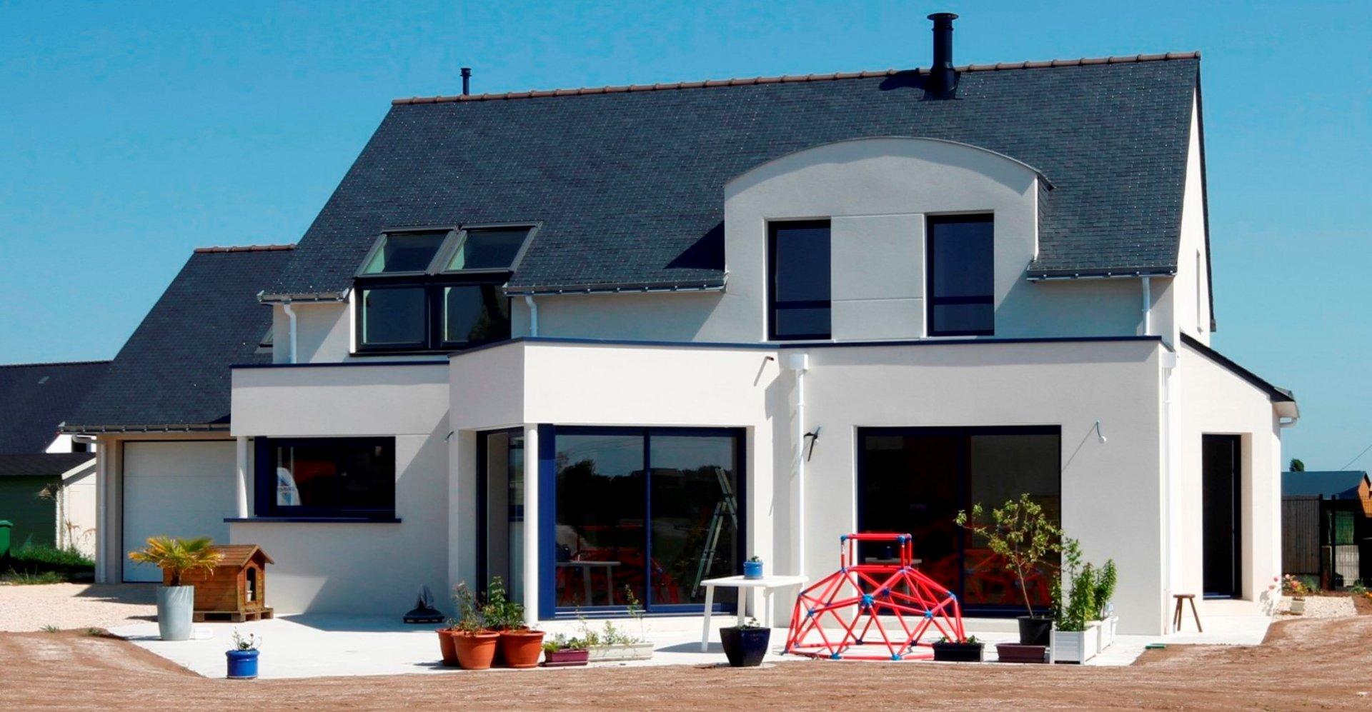 maison moderne bretonne. Black Bedroom Furniture Sets. Home Design Ideas