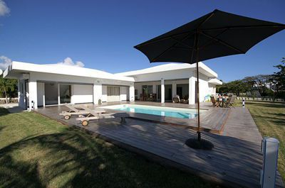 maison moderne guadeloupe