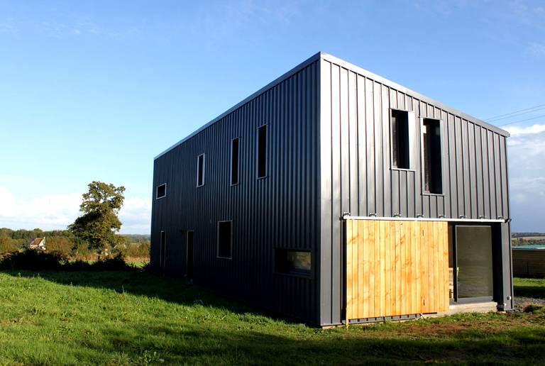 Maison moderne hangar - Hangar maison ...