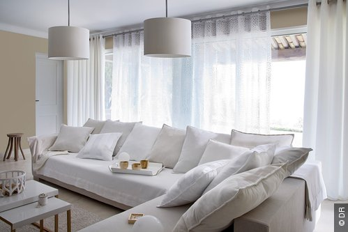maison moderne rideaux. Black Bedroom Furniture Sets. Home Design Ideas