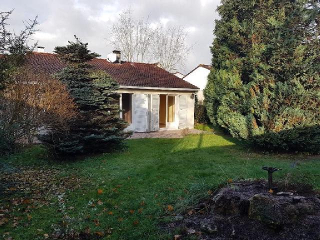 maison plain pied montigny le bretonneux