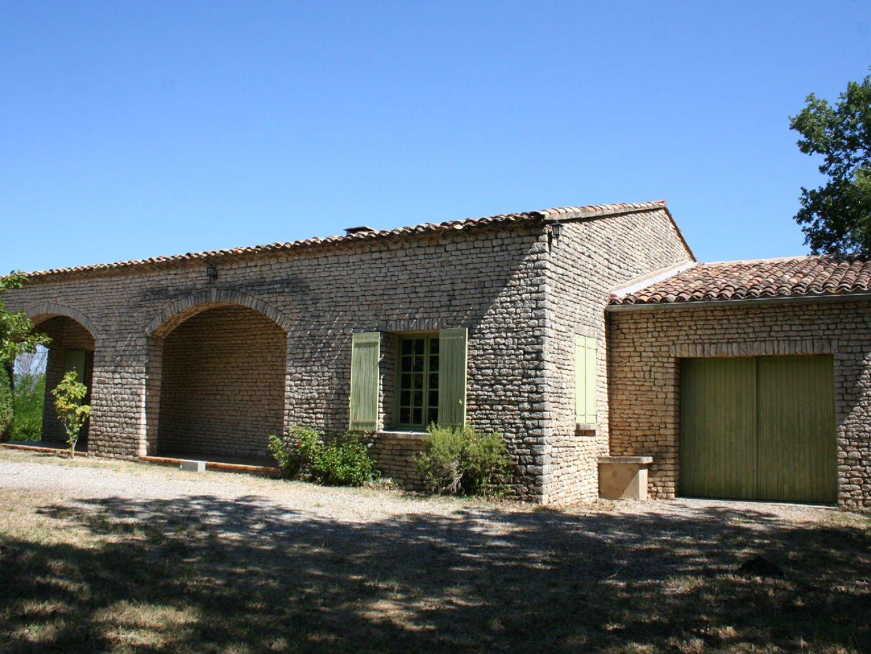 maison plain pied pierre