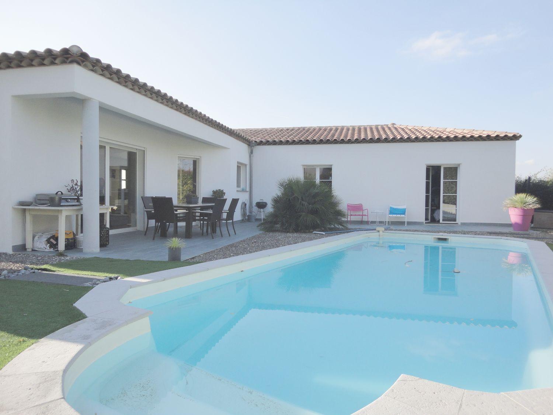 Maison plain pied piscine - Plan maison plain pied avec piscine ...