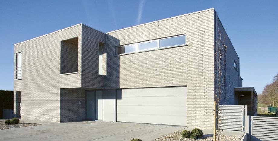 maison en briques grises ventana blog. Black Bedroom Furniture Sets. Home Design Ideas