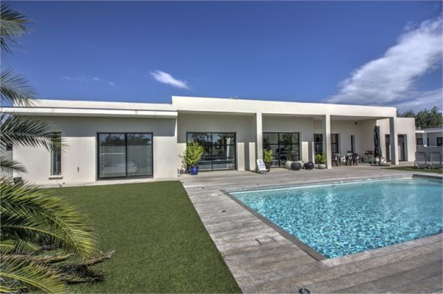 maison plain pied moderne a vendre