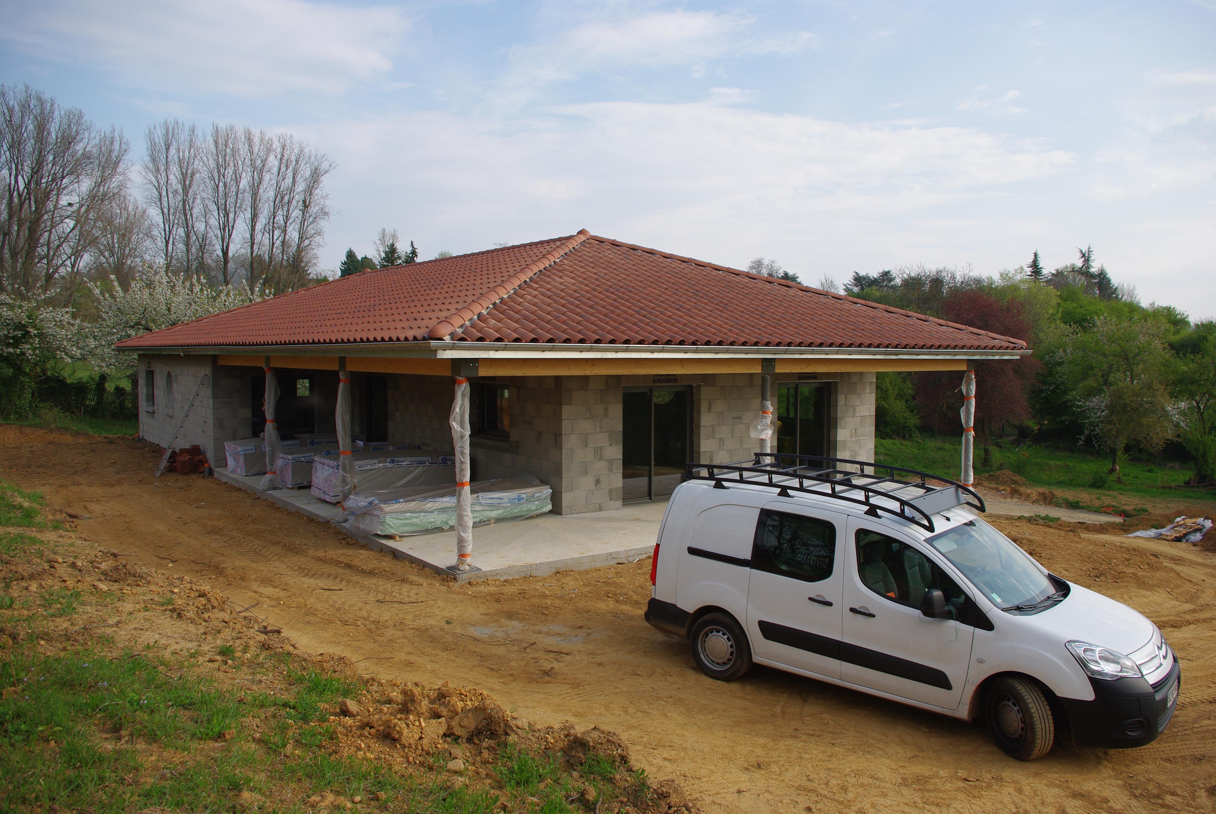 maison plain pied terrain en pente